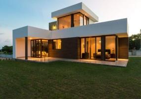 Modern Elegant Luxury Designer Touches Architectures Ocean View Tranquil