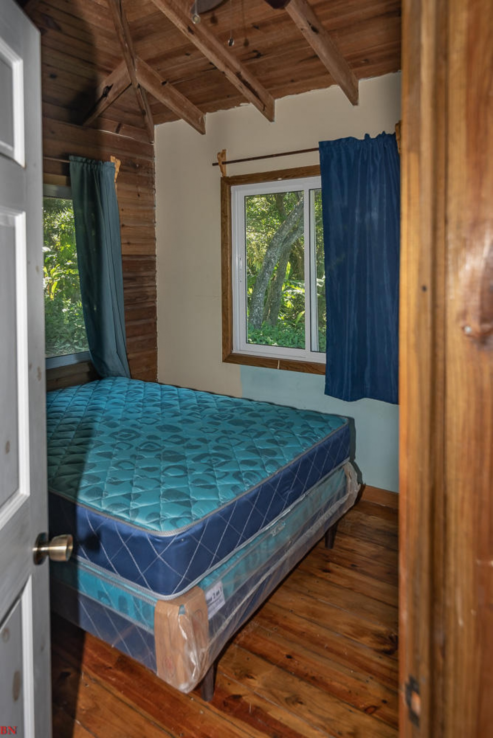 Great Rental Opportunity Fantastic Carribean Views Possible Expansion Financing available Perfect vacation Homes